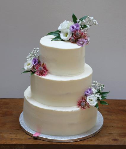 Svadobna torta Yum cakes